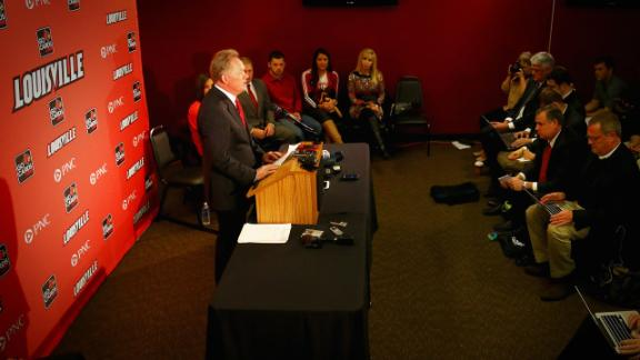 Challenges Facing Petrino At Louisville
