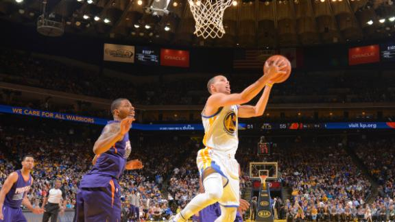 Curry, Warriors down Suns for 4th straight win