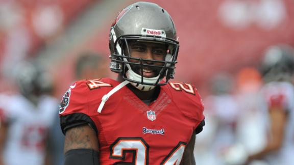 Sources: Bucs Likely To Cut Revis If No Trade Made