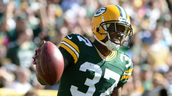 Shields Re-Signs With Packers