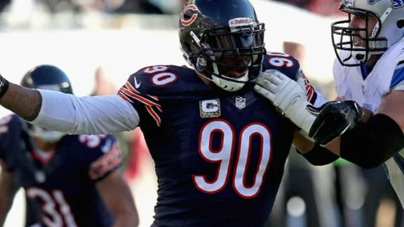 Bears part ways with veteran DE Peppers