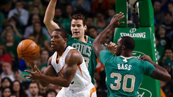 Suns pull away as Celts' shooting goes cold