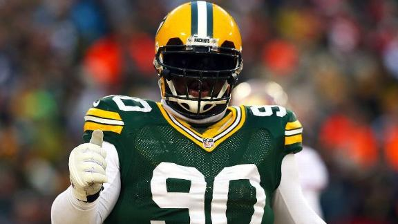 Source: After wait, Raji agrees with Packers