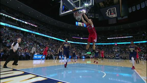 Video - Griffin Alley-Oop Dunk