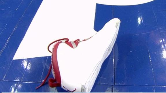 http://a.espncdn.com/media/motion/2014/0321/dm_140321_nba_jordan_shoe_headline/dm_140321_nba_jordan_shoe_headline.jpg