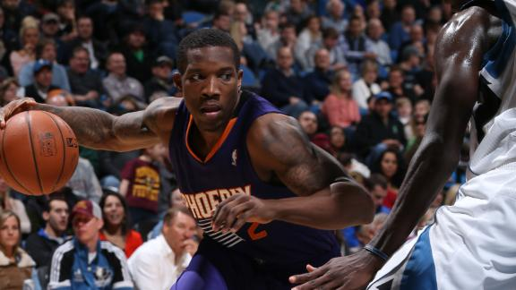 Video - Suns Fight Off Wolves For Third Straight Win