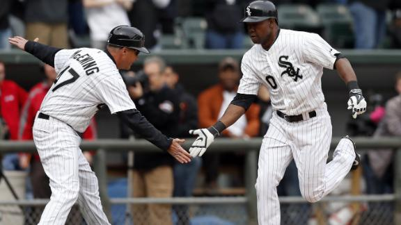 De Aza's 2 HRs power White Sox over Twins