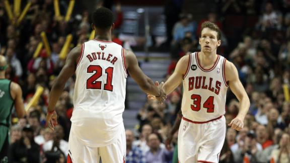 Bulls pull away in 4th quarter, down Celtics