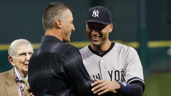 Clemens, Pettitte help Astros honor Jeter