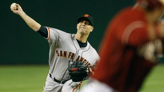 Hudson shuts down D-backs in Giants debut