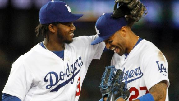 Kemp, Ramirez hit 2 HRs each, Dodgers beat Giants