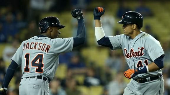 V-Mart's shot in 10th lifts Tigers by Dodgers