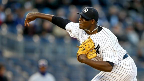 Yankees Sweep Doubleheader With Cubs