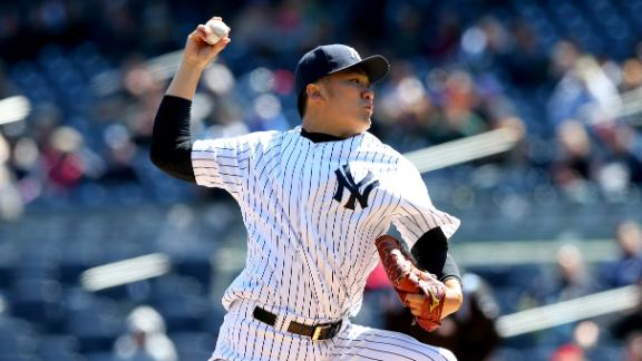 Tanaka Dominant As Yanks Quiet Cubs