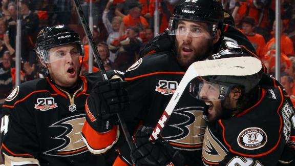 Video - Big First Period Lifts Ducks Past Stars