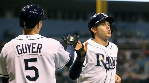 Rays turn back Yanks behind Loney's 4 RBIs