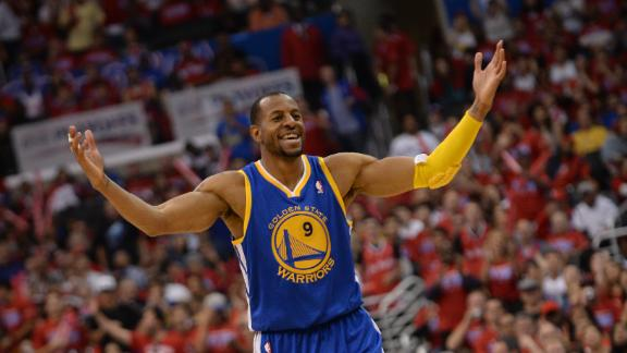 2014 NBA Playoffs: Warriors impress with opening win