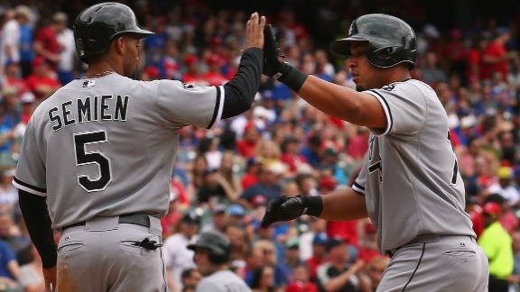 Abreu, Danks hit 2 HRs as White Sox romp