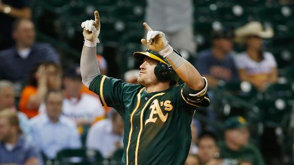 Clemens-Lowrie spat overshadows A's win