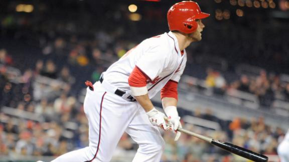 Nats' Harper exits for thumb; X-rays negative
