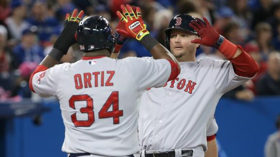 Pierzynski's slam helps Red Sox edge Jays