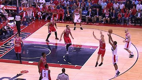 Video - Ariza Sinks 3-Pointer In Transition