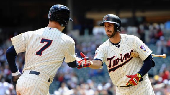 Twins halt 4-game skid as Correia tops O's