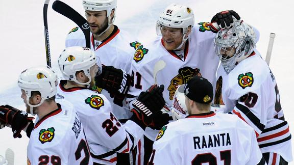 Video - Blackhawks Show They're Still The Champs