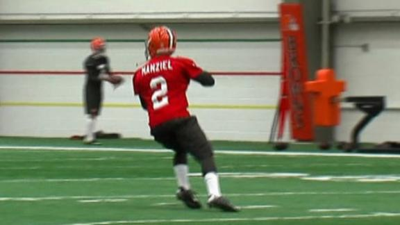 Manziel Suits Up For Browns
