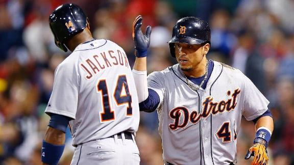 Martinez, Kinsler help Tigers sweep Red Sox