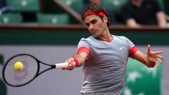 Federer Nearly Perfect In French Opener