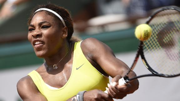 Serena Rolls In First Round