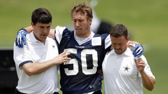 Cowboys Fear Lee Tore ACL