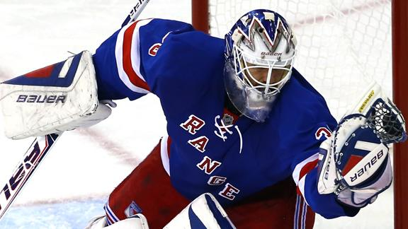 Rangers Look To Clinch Series