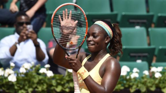 Stephens Wins In Straight Sets