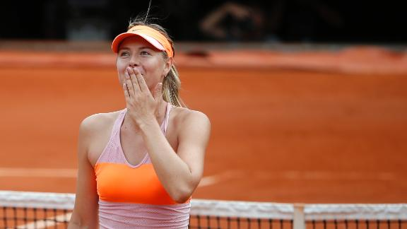 Sharapova Survives Giant-Killer Muguruza