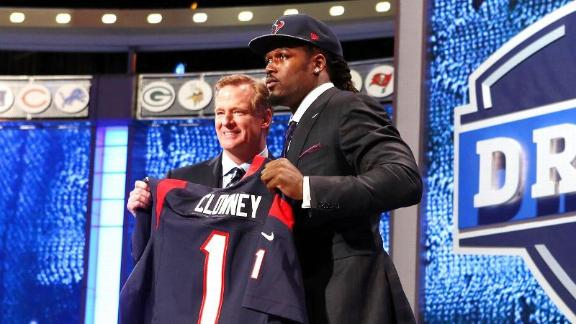 NFL Examining Host Cities For '15 Draft