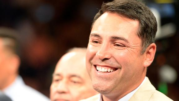 De La Hoya Inducted Into Boxing HOF