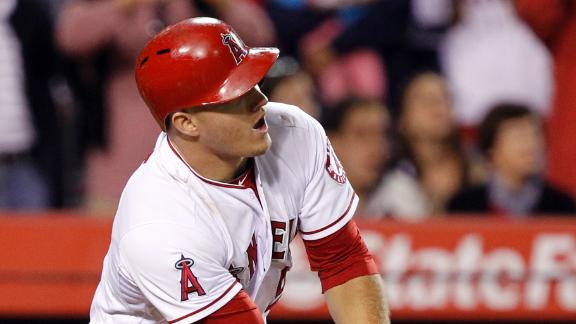 Trout hits GS as Angels rally past White Sox