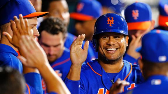 Abreu Carries Mets Past Padres