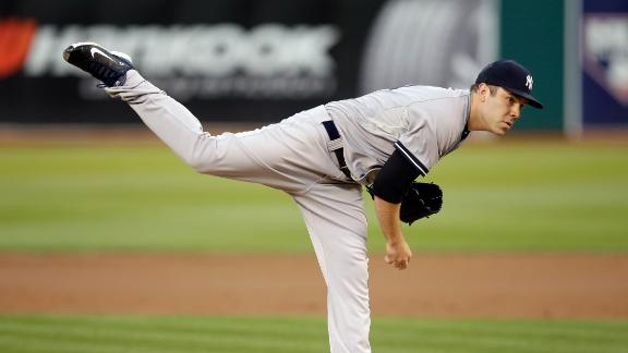 Yankees Roll To Fourth-Straight Win
