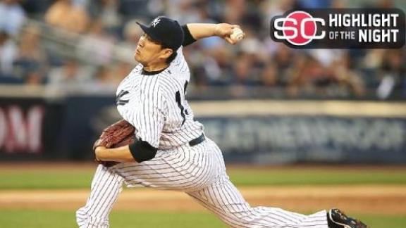 Tanaka Pitches Yankees Past Blue Jays