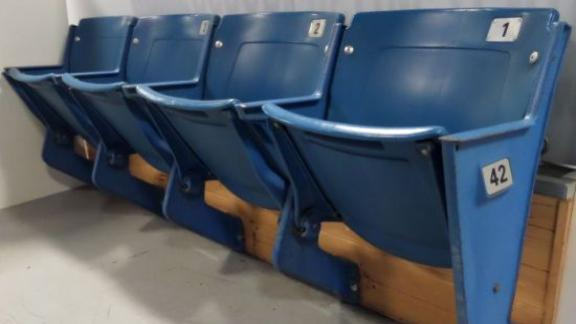 http://a.espncdn.com/media/motion/2014/0619/dm_140619_headline_silverdome_auction/dm_140619_headline_silverdome_auction.jpg