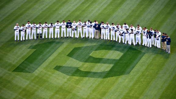 Padres Honor Gwynn In Win