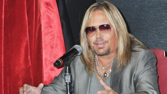 http://a.espncdn.com/media/motion/2014/0620/dm_140620_nfl_Motley_Crue_Vince_Neil_gets_Vegas_AFL_team/dm_140620_nfl_Motley_Crue_Vince_Neil_gets_Vegas_AFL_team.jpg