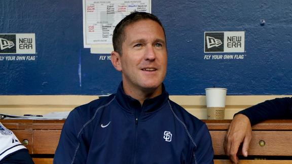 Struggling Padres Fire GM Byrnes