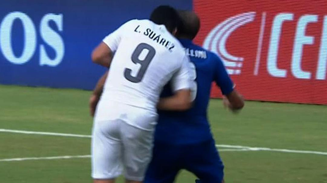 Bad boy Suarez at it again