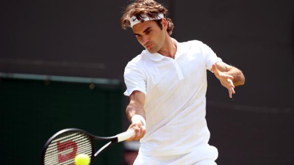 Federer Cruises Into Quarterfinals