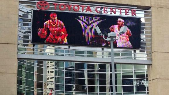 Rockets dis Lin with image of Melo in No. 7
