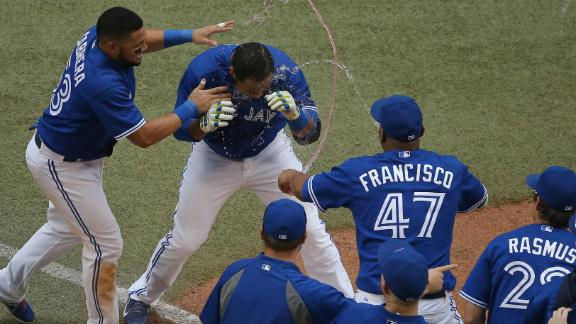 Encarnacion's Walk-Off Homer Lifts Jays